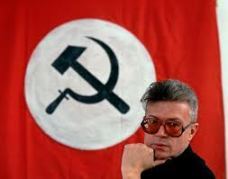 Limonov con bandiera 2