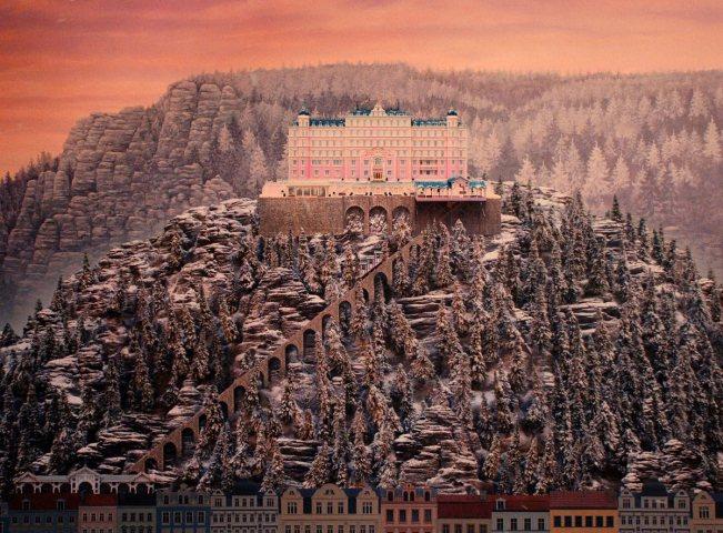 ob-e0528c-grand-budapest-hotel